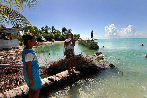 climate changes implications to pacific islands Based on the intergovernmental panel on climate change ipcc fourth assessment report, it identifies small island states as being the most.