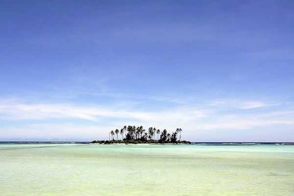 The atolls and islands of Kiribati are not more than a few meters above sea level. Photo: Finn Frandsen, Politiken