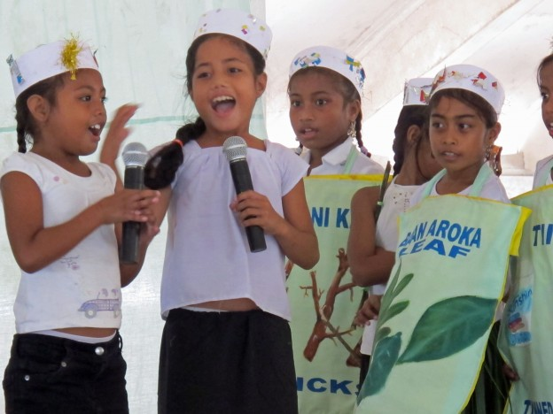 Students perform at the Abaunamou Pri-School Climate Change Skit Competition. Photo: KAPIII